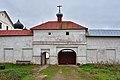 Zelenets MonasteryNorthGate 002 2682.jpg