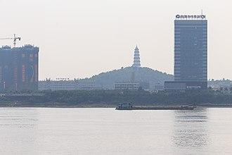 Gaoyao District - Image: Zhaoqing Wenming Ta 2013.11.16 12 52 50