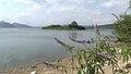Παραλία στην Λίμνη Υλίκη.jpg