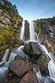 Водопад на ручье возле домика вулканолога Вакина 3.jpg