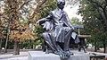 Пам'ятник Тарасові Шевченку в Чернігові.jpg
