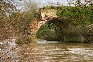 Leominster Canal - Aqueduct over the river Teme at Little Hereford