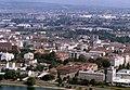 090R34310782 Blick vom Donauturm, Blick Richtung Floridsdorf, links Hallen der ÖBB Hauptwerkstätte Floridsdorf , Trasse der Hochbahn.jpg