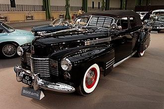 Cadillac Series 62 - Image: 110 ans de l'automobile au Grand Palais Cadillac Series 62 Convertible 1941 004