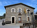 117 Casa de la Vila, c. de l'Alou 6 - c. Sant Genís (Sant Agustí de Lluçanès).jpg