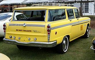 Checker Marathon - Image: 1971 Checker Marathon Station Wagon pretend taxi