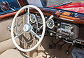 2007-07-15 Lenkrad und Armaturenbrett eines Mercedes-Benz W 136 Cabriolet IMG 3264.jpg