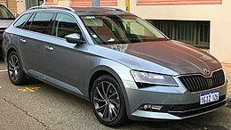 2017 Skoda Superb (NP) 140TDI station wagon (2018-04-13) 01.jpg