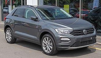 Volkswagen T-Roc - Image: 2018 Volkswagen T Roc Front (2)