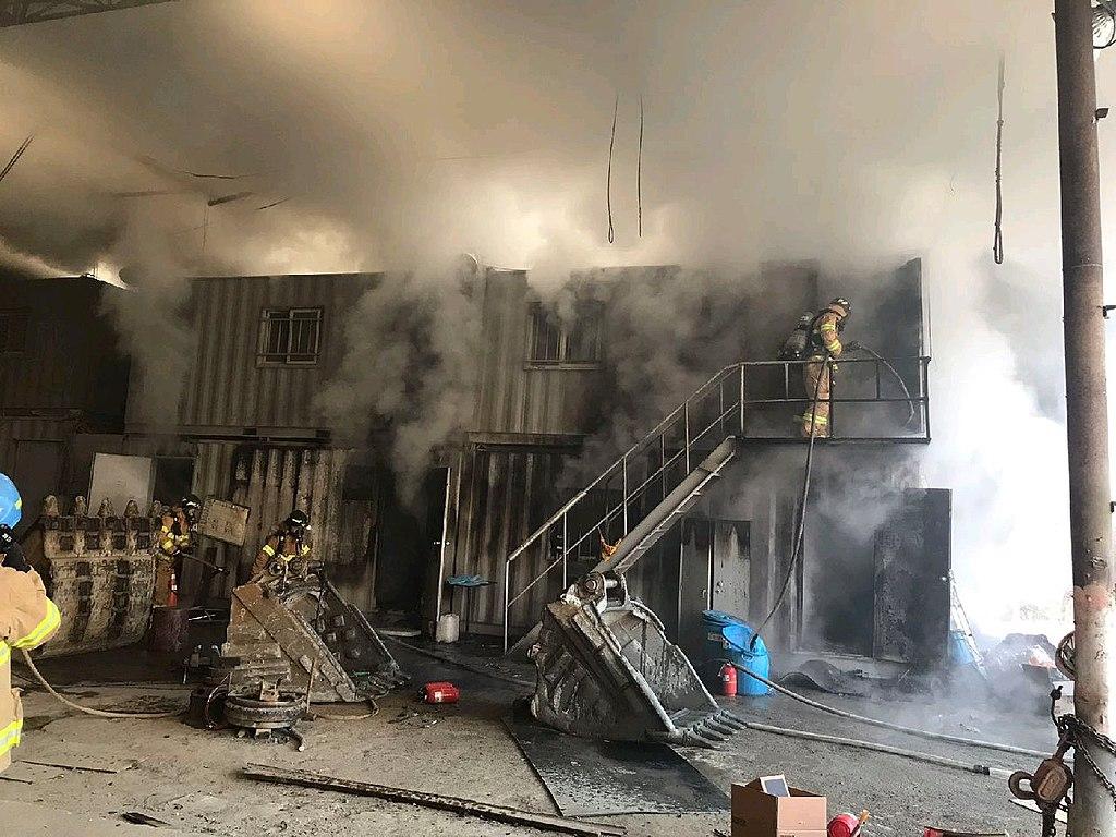 20190211컨테이너 화재 진압