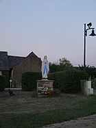 49 Saint-Michel-et-Chanveaux ND Lourdes.jpg