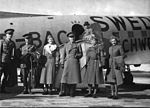 A-Red-Cross-delegation-with-Folke-Bernadotte-in-the-forefront-142361049532.jpg