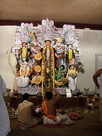 Sabarna Roy Choudhury - The Aatchala Bari Durga puja of the Sabarna Roy Choudhury family that started in 1610 by Laksmikanta Gangopadhyay.