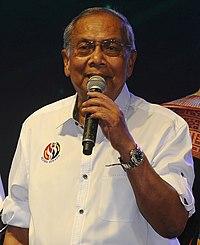Adenan Satem during the Sejiwa Sanada programme at Kota Samarahan.jpg