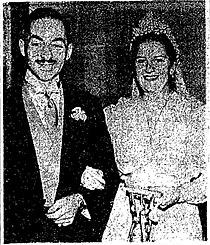 Adrian and Pat Dingle Wedding 1941-12-15.jpg