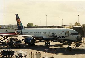 Airtours G-PIDS in MAN.JPG