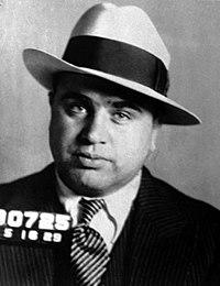 Indovina  da un'immagine il Film - Pagina 23 200px-Al_Capone