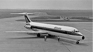 Alitalia DC-9 I-DIKQ.jpg