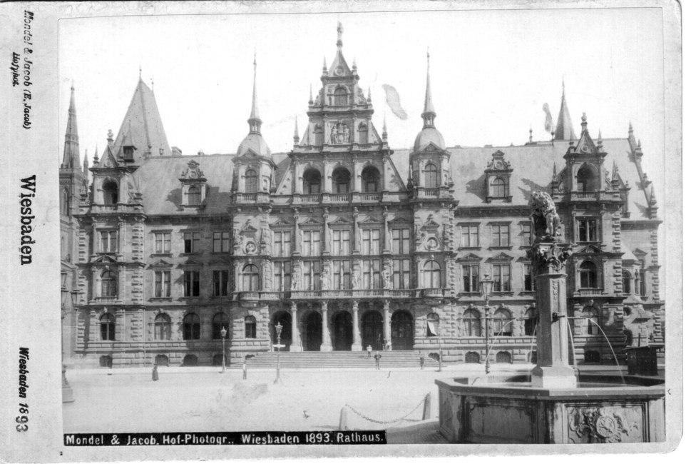 Altes Rathaus - Wiesbaden, 1893