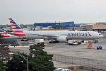 American Airlines, N725AN, Boeing 777-323 ER (20187568931).jpg