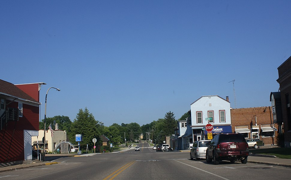 Amherst Wisconsin Downtown Looking east
