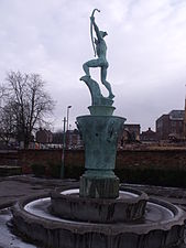 Apollo fountain - Coronation Gardens, Ednam Road, Dudley (5328173872).jpg