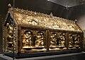 Arca di san servazio, legno, rame dorato, pietre preziose, gemme e smalti, 1160 ca. 03.jpg