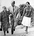 Arnaldo Graziosi with mother and daughter (1959).jpg