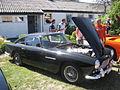 Aston Martin DB4 (11188747943).jpg