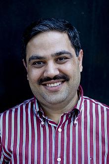 Author Ravi.jpg