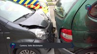 File:Automobilist maakt amok na kop-staartbotsing.webm