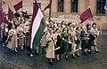 Békéscsaba, a Kötöttárugyár felvonulói május 1-én. Fortepan 26188 (digitally enhanced).jpg