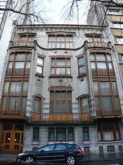 external image 250px-BE_Bruxelles_Horta_Solvay.JPG