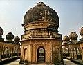 Banke Bihari Temple.jpg