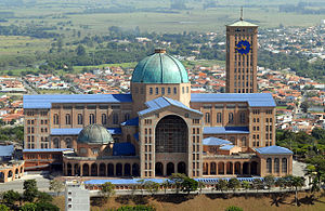 Religion in Latin America - Image: Basilica of the National Shrine of Our Lady of Aparecida, 2007
