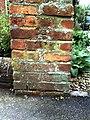 Benchmark on gatepost of ^9 Park Crescent - geograph.org.uk - 2094253.jpg