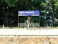 Berlin - Karlshorst - S- und Regionalbahnhof (9495691077).jpg