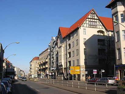 How to get to Hermannstr. with public transit - About the place