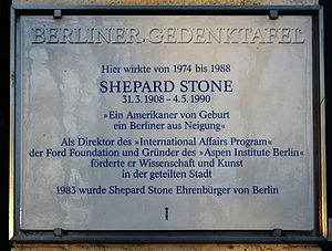 Shepard Stone - Memorial plaque at the Aspen Institute on Schwanenwerder island in Berlin commemorating Stone's work in the city.