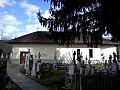 Biserica din cimitir Scorteni.jpg