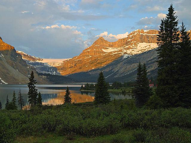 file bow lake  banff national park jpg