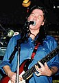 Breeders Kim Deal (cropped).jpg
