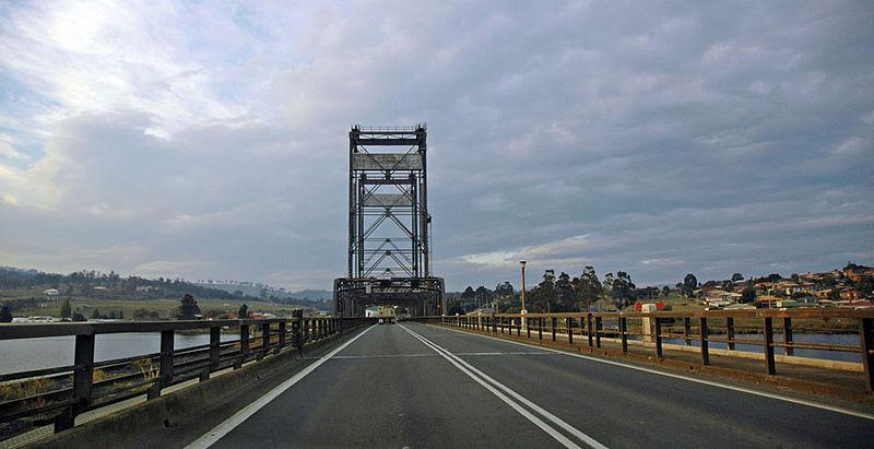 File:Bridgewater bridge.jpg