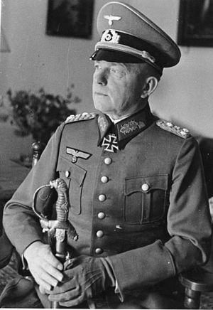 Paul Ludwig Ewald von Kleist - Image: Bundesarchiv Bild 183 1986 0210 503, General Ewald von Kleist