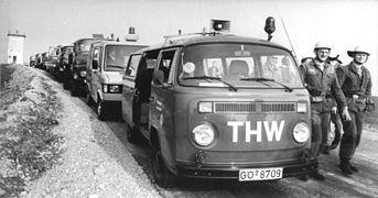 Bundesarchiv Bild 183-1990-0421-012, Kreis Heiligenstadt, Abbau Grenzanlagen.jpg