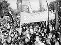 Bundesarchiv Bild 183-M1104-0009, Dresden, Demonstration Solidarität mit Chile.jpg