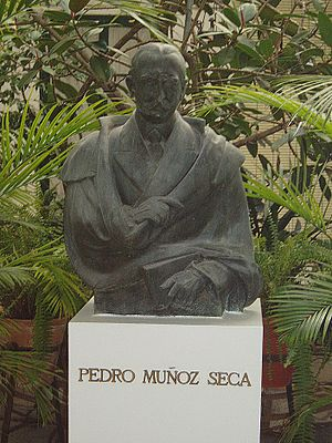 Pedro Muñoz Seca - Image: Busto de Pedro Muñoz Seca en El Puerto de Santa María