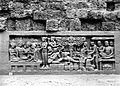 COLLECTIE TROPENMUSEUM Reliëf O 102 op de verborgen voet van de Borobudur TMnr 10015839.jpg