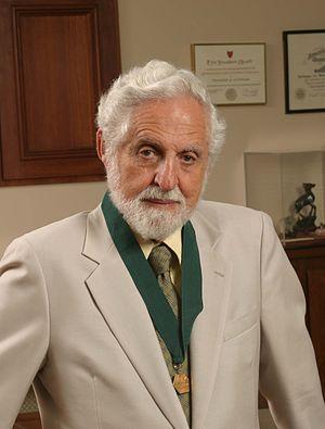 Carl Djerassi - Carl Djerassi in 2004