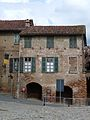 Cassine-casa piazza Vittorio Veneto.jpg